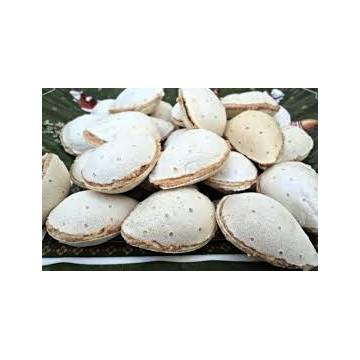 WAFERS FILLED WITH ALMOND PASTE